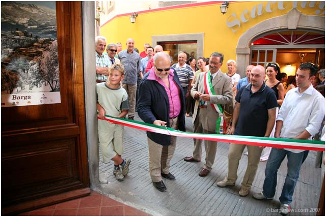 New book shop opens in Barga Vecchia