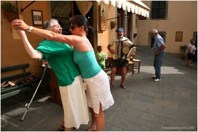Tango at Aristos Bar in Barga Vecchia