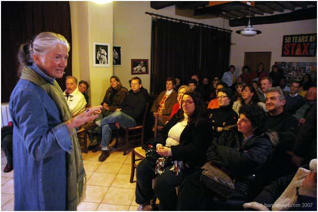 Mary Landon Cambell talks about Siria