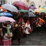 {barganews} A damp Befana arrives in Barga