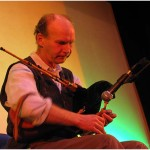 {barganews} Hamish Moore - bagpipes studio in Piazza Angelio